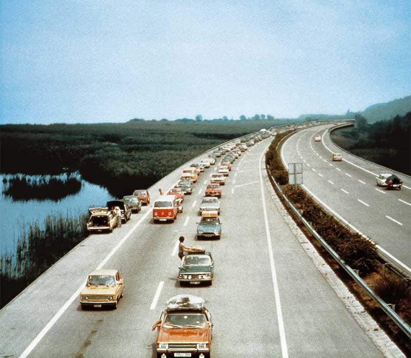 Photomontage du tracé de l'autoroute N1 à travers les marais